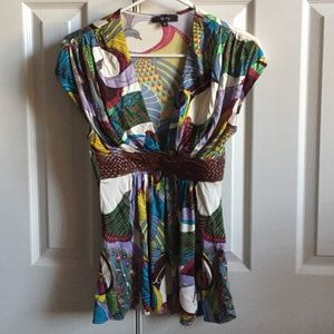 Gorgeous small braided sky brand top tropical